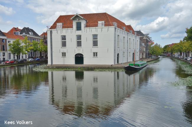 Delft ten voeten uit